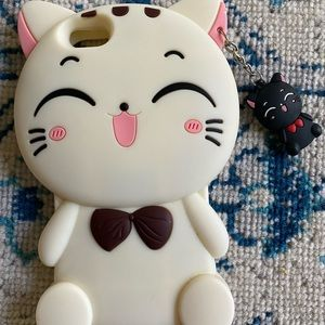 Silicone kitty phone case with keychain